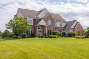 Property for sale at N33W29223 Millridge Rd, Pewaukee,  WI 53072