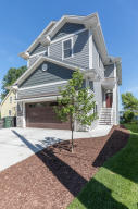 Property for sale at N27W27112 Woodland Dr, Pewaukee,  WI 53072