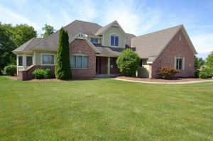 Property for sale at 357 Switch Grass Ct, Hartland,  WI 53029