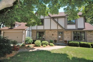 Property for sale at 921 Old Tower Rd, Oconomowoc,  WI 53066
