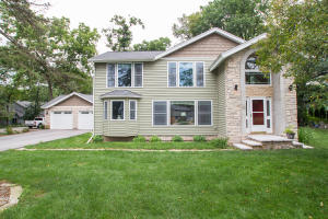 Property for sale at 2822 W Ridley Rd, Hartland,  WI 53029