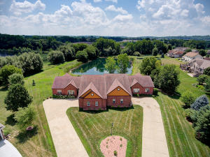 Property for sale at N22W26481 Shooting Star Ct Unit 1, Pewaukee,  WI 53072