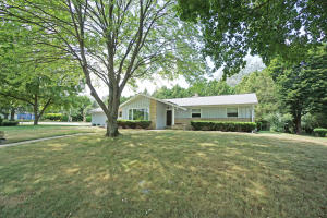 Property for sale at 151 Terrace Ln, Hartland,  WI 53029