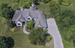 Property for sale at W292N3667 Stillmeadow Rd, Pewaukee,  WI 53072