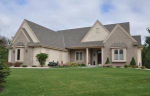 Property for sale at W249 N2196 Fox Creek Ct, Pewaukee,  WI 53072