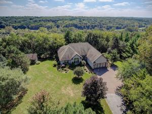 Property for sale at N2W31753 Twin Oaks Dr, Delafield,  WI 53018
