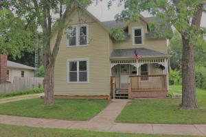 Property for sale at 440 Linwood Ave, Oconomowoc,  WI 53066