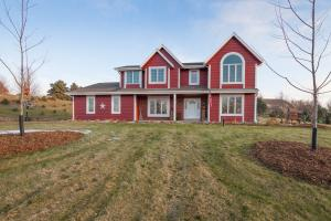 Property for sale at N69W28877 Vernon Dr, Hartland,  WI 53029