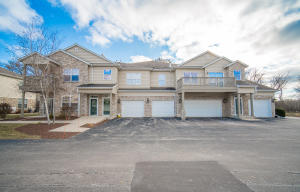 Property for sale at N16W26543 Meadowgrass Cir Unit: A, Pewaukee,  WI 53072