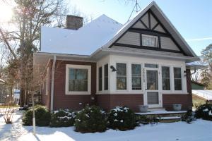 Property for sale at N60W38429 Hawthorne Dr, Oconomowoc,  WI 53066