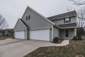 Property for sale at 900 Autumn Ridge Dr, Oconomowoc,  WI 53066