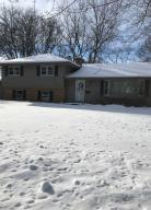 Property for sale at 223 Hazel Ln, Hartland,  WI 53029