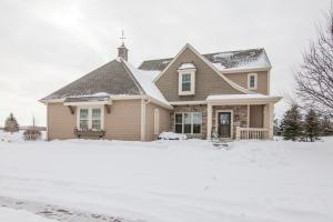 Property for sale at 1837 River Lakes Rd S, Oconomowoc,  WI 53066
