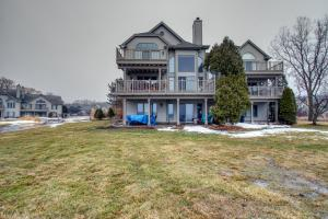 Property for sale at N24W30380 Crystal Springs Dr, Pewaukee,  WI 53072