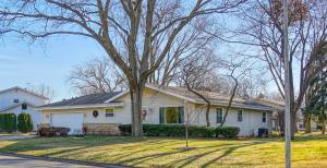 Property for sale at 729 Skylark Dr, Oconomowoc,  WI 53066