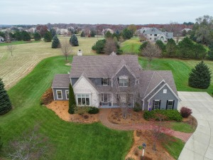 Property for sale at W292N3296 Summerhill Rd, Pewaukee,  WI 53072