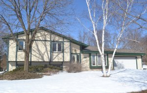 Property for sale at 1239 Timber Rdg, Pewaukee,  WI 53072