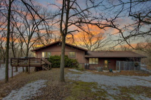 Property for sale at N91W29517 Center Oak Rd, Hartland,  Wisconsin 53029