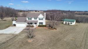Property for sale at N8832 Leiger Ln, Ixonia,  WI 53036