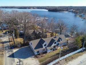 Property for sale at 2102 N Peninsula Rd, Summit,  WI 53066