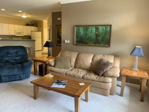 Property for sale at N30W23013 Pineview Cir Unit: 1, Pewaukee,  WI 53072