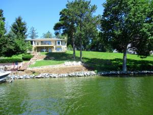 Property for sale at N65W34589 Whittaker Rd, Oconomowoc,  WI 53066