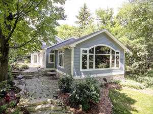 Property for sale at 1522 N Breezeland Rd, Oconomowoc,  WI 53066