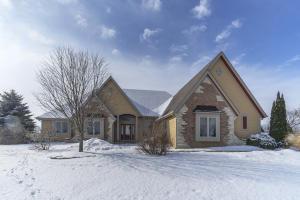 Property for sale at W375N7895 Mcmahon Rd, Oconomowoc,  WI 53066