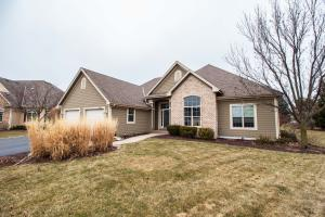 Property for sale at 1748 Springhaven Ct, Oconomowoc,  WI 53066