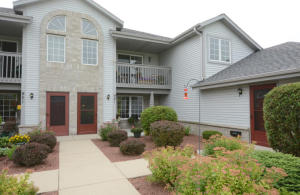 Property for sale at 921 Quinlan Drive Unit: C, Pewaukee,  WI 53072
