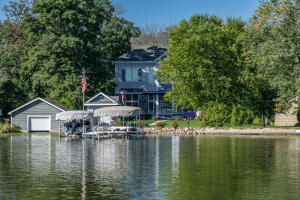 Property for sale at 3728 N Hickory Ln, Summit,  WI 53066