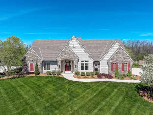 Property for sale at N37W22866 Wyndemere Dr, Pewaukee,  WI 53072