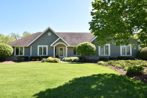 Property for sale at 34319 Four Seasons Rd, Summit,  WI 53066