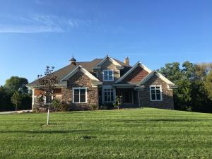 Property for sale at N41W23416 Century Farm Rd, Pewaukee,  Wisconsin 53072