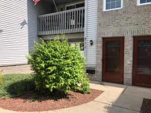 Property for sale at 711 Quinlan Dr Unit: D, Pewaukee,  WI 53072