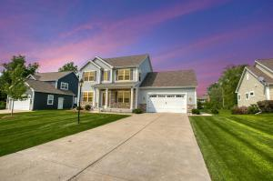 Property for sale at N28W24390 Single Tree Ct, Pewaukee,  WI 53072
