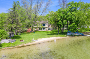 Property for sale at 37949 N Silverdale Rd, Summit,  WI 53066