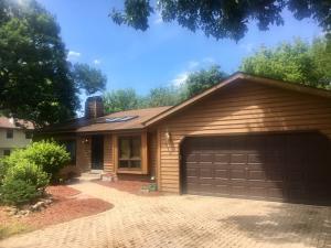 Property for sale at 510 Glenwood Dr, Hartland,  Wisconsin 53029