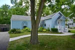 Property for sale at 851 Armour Rd, Oconomowoc,  Wisconsin 53066
