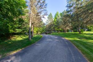 Property for sale at 2426 Hillside Dr, Delafield,  Wisconsin 53018