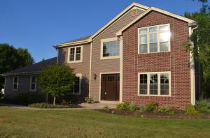 Property for sale at 2366 Hillcrest Dr, Delafield,  Wisconsin 53018