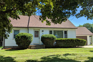 Property for sale at 776 Summit Ave, Oconomowoc,  Wisconsin 53066