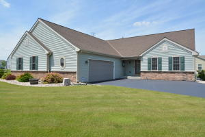 Property for sale at N8071 Woody Ln, Ixonia,  Wisconsin 53036