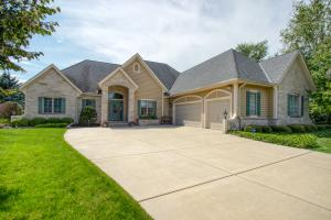 Property for sale at N29W26269 Steeplechase Ct, Pewaukee,  Wisconsin 53072