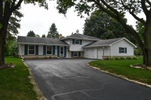 Property for sale at 241 Hazel Ln, Hartland,  Wisconsin 53029