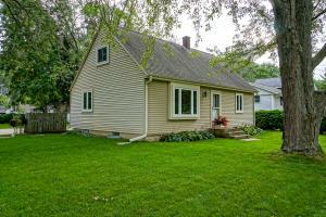 Property for sale at N54W37139 Yale St, Oconomowoc,  Wisconsin 53066