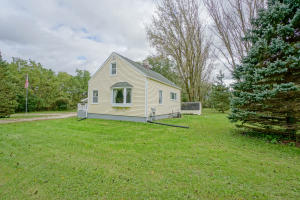 Property for sale at S18W37141 Ottawa Ave, Dousman,  Wisconsin 53118