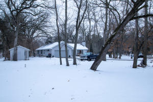 Property for sale at W375S5083 E Pretty Lake Rd, Dousman,  Wisconsin 53118