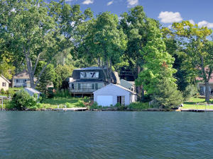 Property for sale at W291N2173 Elmhurst Dr, Pewaukee,  Wisconsin 53072