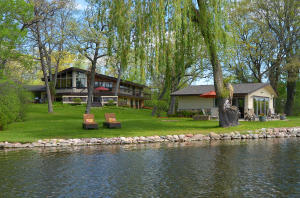 Property for sale at N40W32640 Nashotah Ave, Nashotah,  Wisconsin 53058
